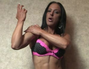 Watch me flex, Rachel says as she poses, showing off the strong muscles of her vascular biceps, powerful pecs and awesome abs, and taking off her panties so you can get a better look at her nude legs and glutes, her tattoos and her pretty kitty.