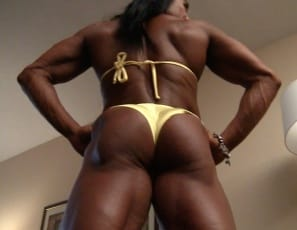 People always want to see me stretch, says professional female bodybuilder Alina Popa, and as she poses in yellow, her pecs, biceps, abs, legs, glutes and calves are so vascular and ripped you can see why. Doesn't the sight of all that female muscle make you...