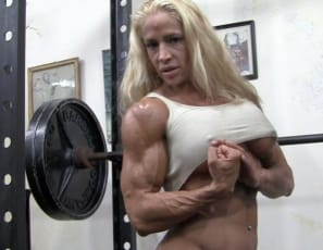 Professional female bodybuilder Jill Jaxen's in the gym