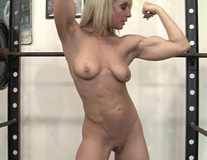 Here at SheMuscle we love nude female bodybuilders, and Tanya LOVES to be nude in the gym. There is something incredibly sexy about watching a naked muscle girl work her abs, glutes, legs, and biceps while completely naked. Thankfully there are women like Tanya who enjoying it just as much as we do.