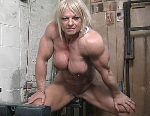 Sexy Maryse has huge muscles, and she loves putting them on display for everyone to see. Big bulging biceps, ripped vascular abs, powerful quads. This powerful female muscle superstars has it all and shows it all to you!