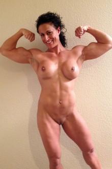 missmiafit nude